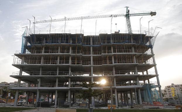 Inmobiliarias y constructoras copan ya una de cada tres - Empresas constructoras en malaga ...