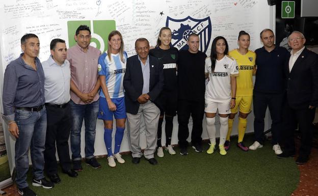 Málaga CF Femenino  381bb87c27c2c