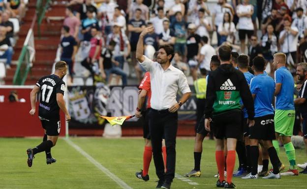 Víctor: «Pedí el cambio de Blanco, pero el cuarto árbitro no ...