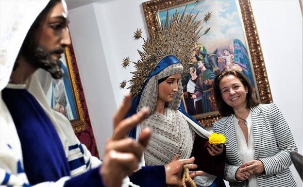 Paloma Saborido está muy vinculada a la Cofradía de la Pollinica. /Francis Silva