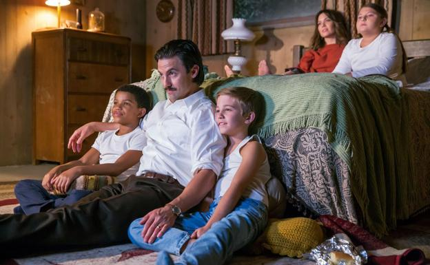 Milo Ventimiglia y Mandy Moore son los cabezas de familia en 'This Is Us'./SUR