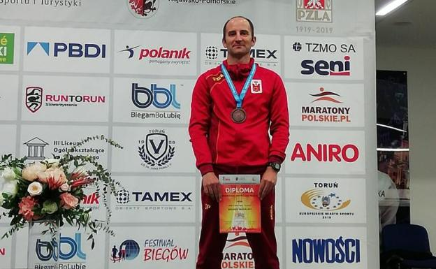 Rodríguez, bronce en los 3 kilómetros marcha M40 en Torun.