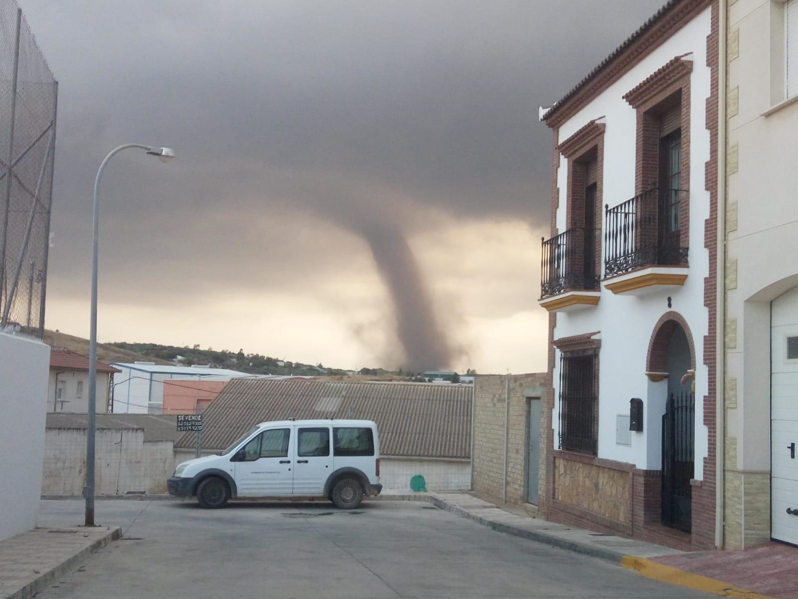 Varios Tornados Y Lluvias Fuertes Sorprenden A Campillos Diario Sur