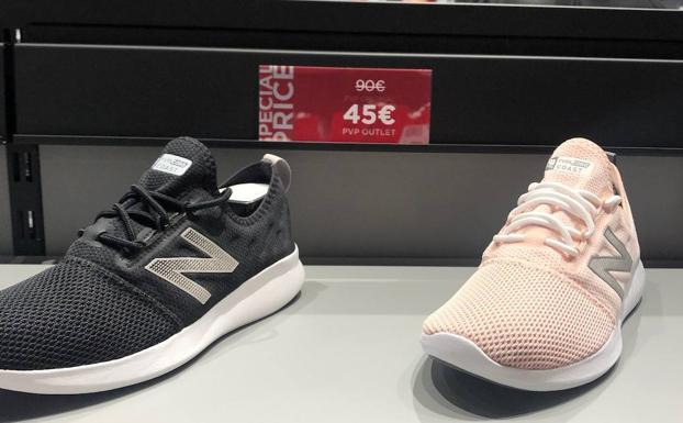 outlet new balance plaza central
