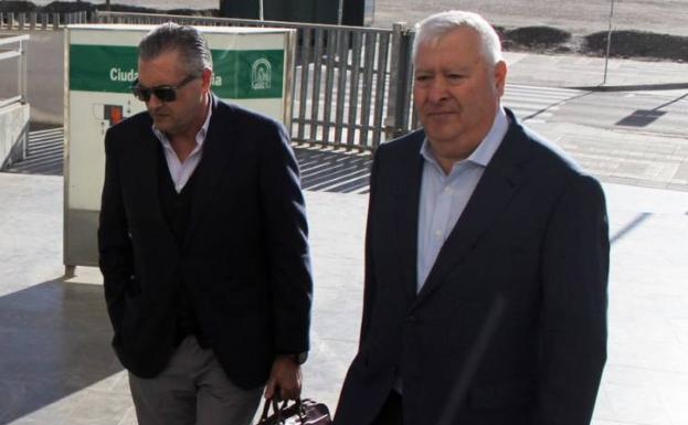 Francisco Valverde y Antonio Aguilera. /BORJA GUTIÉRREZ
