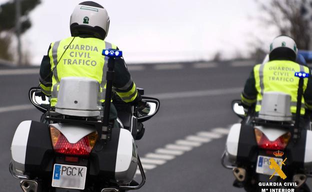 Nueva multa de Tráfico: 200 euros por conducir con abrigo