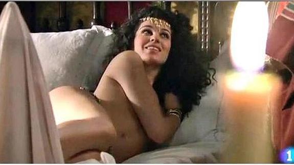 Ariadna Hafez La Mujer De Jayson Granger Se Desnuda En águila Roja