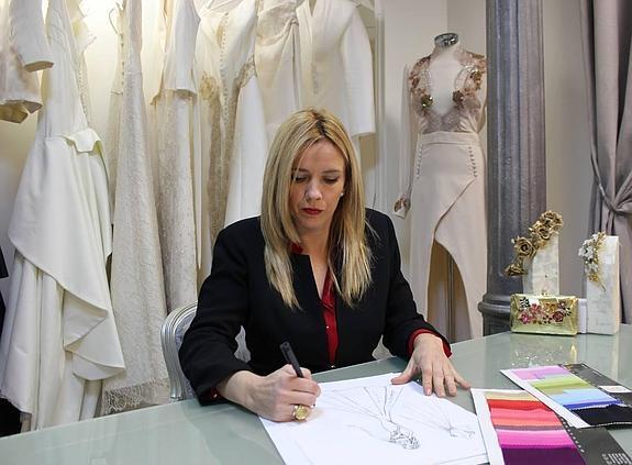 una diseñadora a medida   diario sur
