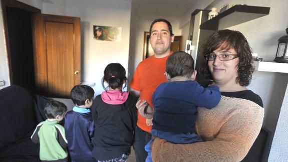 Reclaman 215.000 euros al SAS tras tener a su cuarto hijo pese a ...