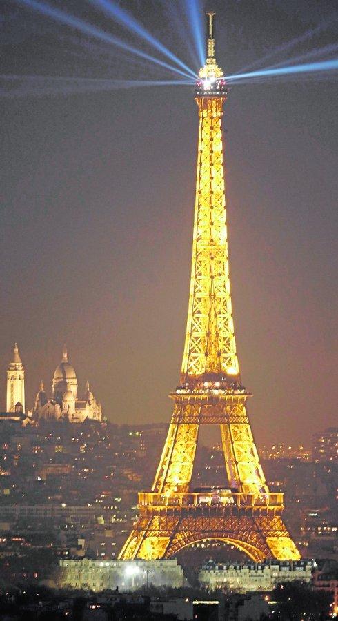 la torre eiffel se blinda diario sur